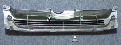フロントグリルのツメ(折損の状況)
