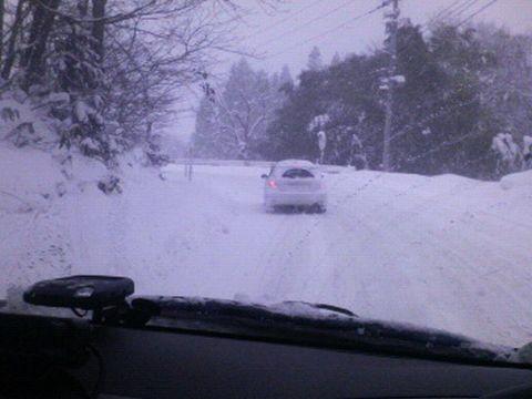 ハイエースでの雪道走行