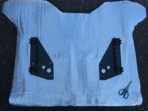 断熱材の罫書き、切断(セカンドシート下床面)